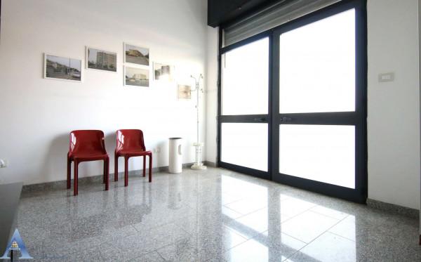 Locale Commerciale  in vendita a Taranto, Lama, 80 mq - Foto 7