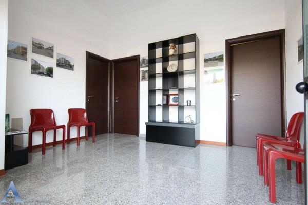 Locale Commerciale  in vendita a Taranto, Lama, 80 mq - Foto 3