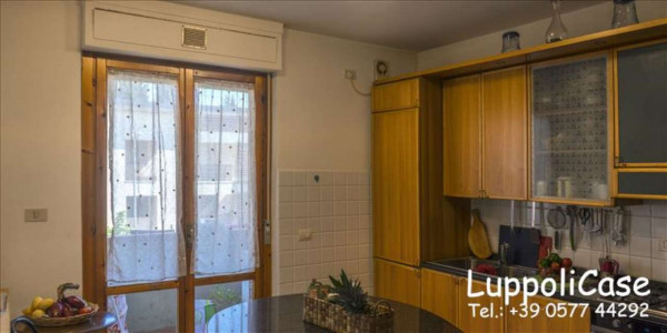 Appartamento in vendita a Siena, Con giardino, 103 mq - Foto 1