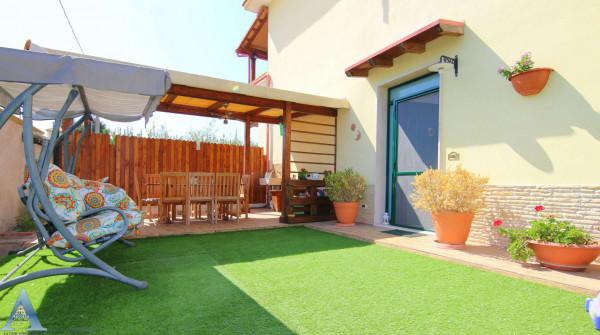 Villa in vendita a Taranto, Lama, Con giardino, 113 mq