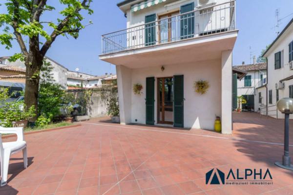 Appartamento in vendita a Forlimpopoli, Centro Storico, Con giardino, 80 mq