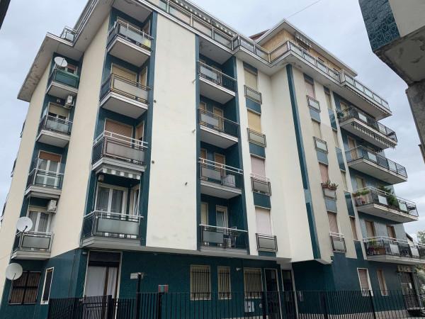 Appartamento in vendita a Garbagnate Milanese, 95 mq