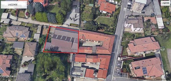 Locale Commerciale  in vendita a Lazzate, Centro, 1000 mq
