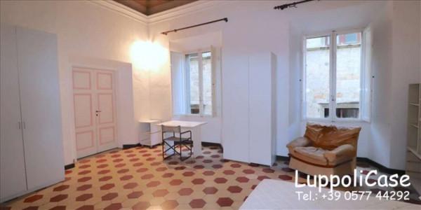 Appartamento in affitto a Siena, Arredato, 180 mq