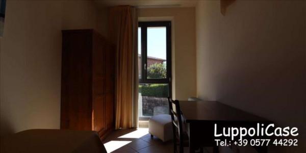 Appartamento in vendita a Siena, Con giardino, 62 mq - Foto 2