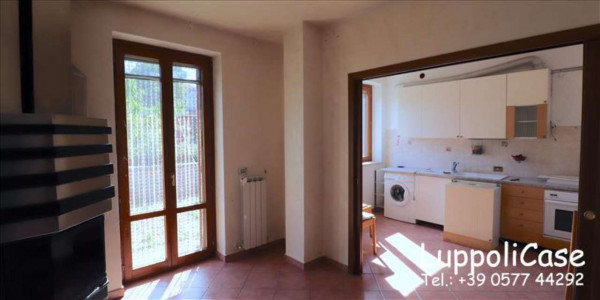 Appartamento in vendita a Murlo, Arredato, con giardino, 90 mq