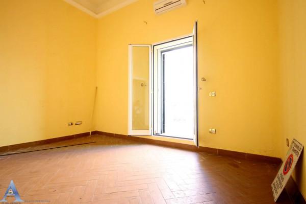 Appartamento in vendita a Taranto, Tamburi, Con giardino, 79 mq - Foto 3