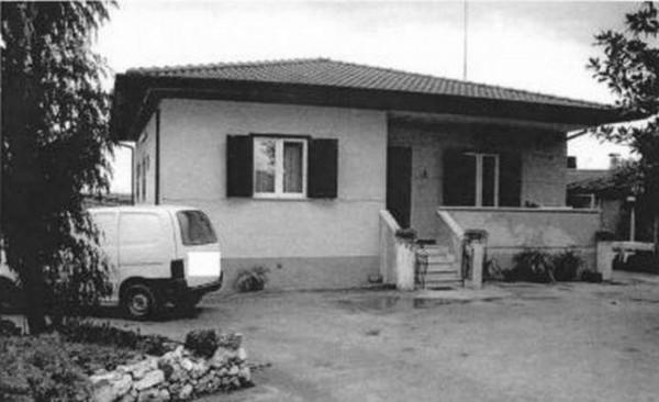 Villa in vendita a Lariano, 240 mq