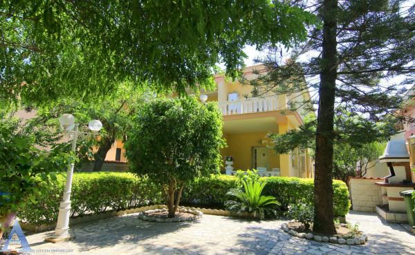 Villa in vendita a Taranto, San Vito, Con giardino, 221 mq