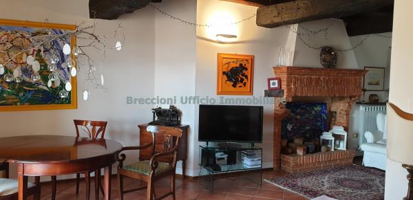 Appartamento in vendita a Trevi, Centro Storico, 90 mq