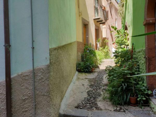 Casa indipendente in vendita a Bosa, Centro Storico, 100 mq - Foto 13