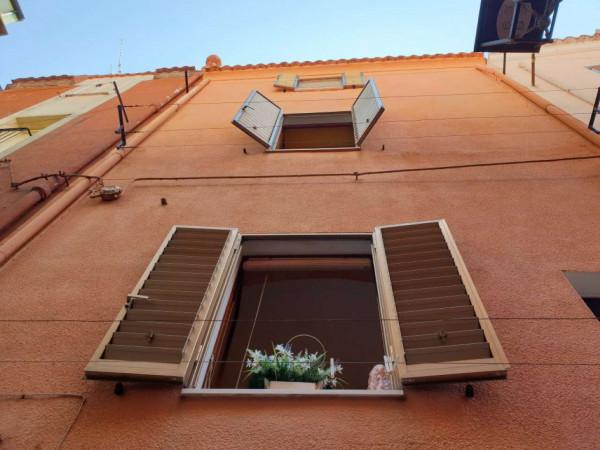 Casa indipendente in vendita a Bosa, Centro Storico, 100 mq - Foto 8