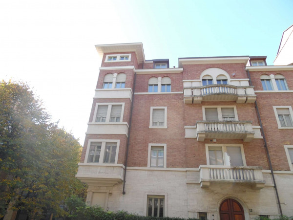 Appartamento in affitto a Torino, Arredato, 80 mq