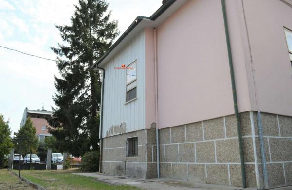 Casa indipendente in vendita a Forlì, Vecchiazzano, Con giardino, 200 mq