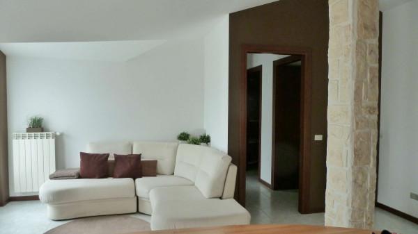 Appartamento in vendita a Pozzo d'Adda, Centro, 85 mq - Foto 2