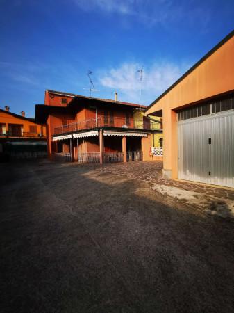 Casa indipendente in vendita a Chieve, Residenziale, Con giardino, 184 mq - Foto 2