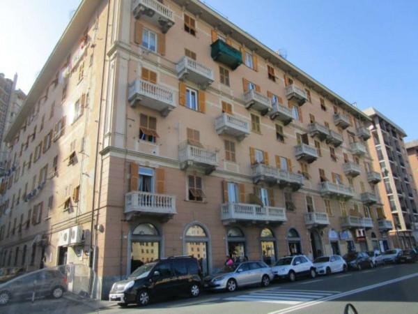Appartamento in vendita a Genova, Marassi, 100 mq - Foto 1