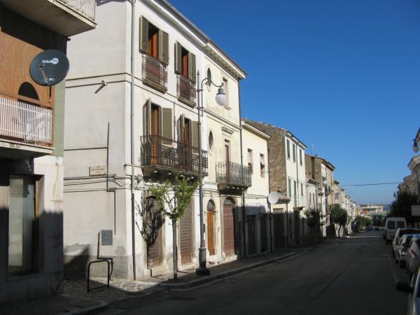Appartamento in vendita a Tocco da Casauria, Centro, 90 mq - Foto 2