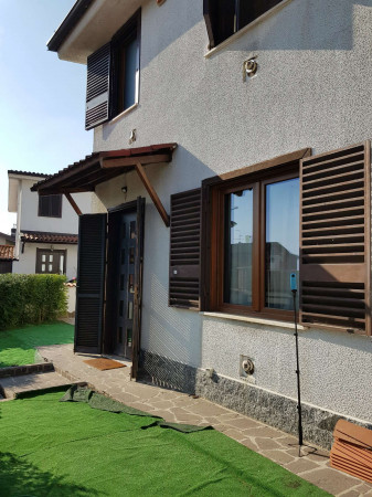 Villa in vendita a Paullo, Paullo Vicinanze, Con giardino, 173 mq