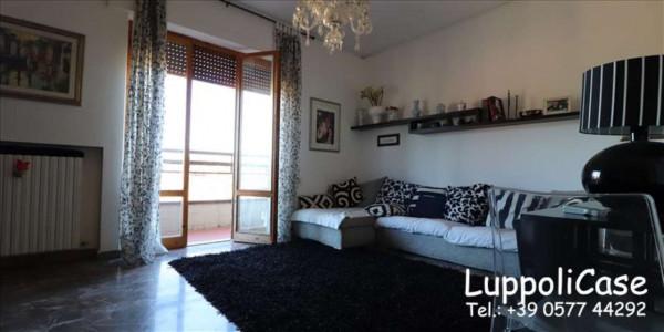 Appartamento in vendita a Siena, 143 mq