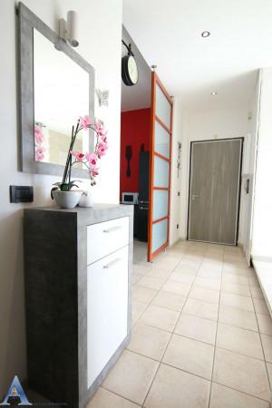 Appartamento in vendita a Taranto, Rione Italia, Montegranaro, 95 mq - Foto 13