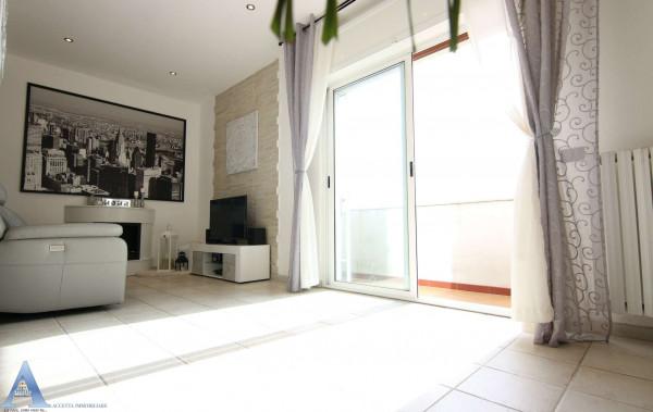 Appartamento in vendita a Taranto, Rione Italia, Montegranaro, 95 mq - Foto 17