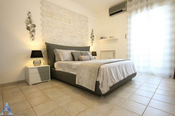 Appartamento in vendita a Taranto, Rione Italia, Montegranaro, 95 mq - Foto 12