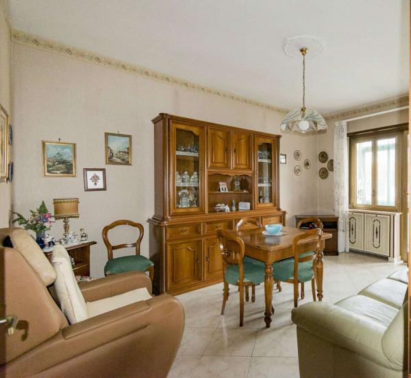 Appartamento in vendita a Venaria Reale, Centro, 73 mq