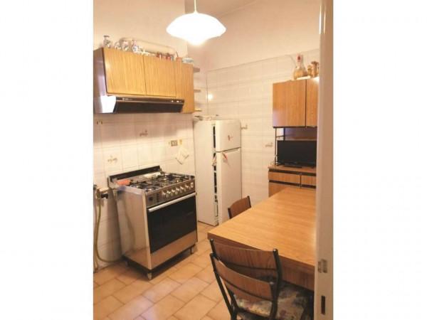 Appartamento in vendita a Roma, Tuscolana, 75 mq