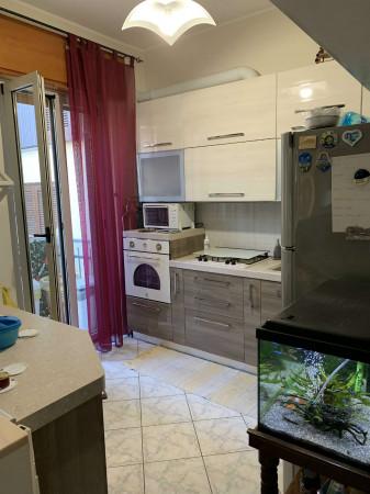 Appartamento in vendita a Cesate, Centro, 73 mq