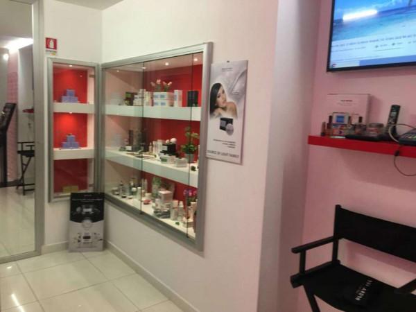 Locale Commerciale  in vendita a Portici, Arredato, 120 mq - Foto 8