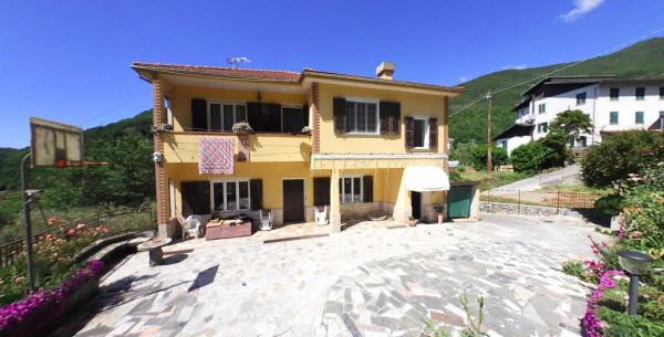 Casa indipendente in vendita a Carasco, Terrarossa, 300 mq