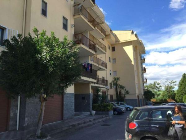 Appartamento in vendita a Pollena Trocchia, Parco Europa, Con giardino, 90 mq