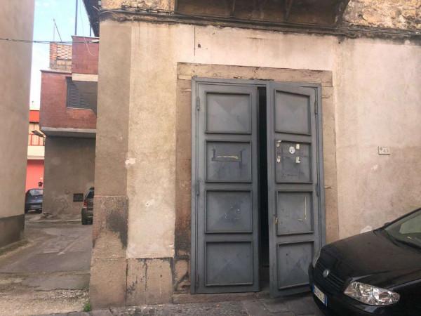 Locale Commerciale  in affitto a Pomigliano d'Arco, Centrale, 100 mq - Foto 4