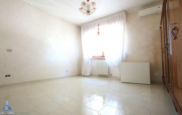 Villa in vendita a Taranto, Lama, Con giardino, 188 mq - Foto 11