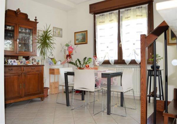 Appartamento in vendita a Forlì, Carpena, Con giardino, 80 mq