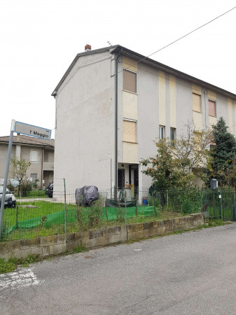 Casa indipendente in vendita a Sant'Angelo Lodigiano, Residenziale, Con giardino, 113 mq - Foto 2