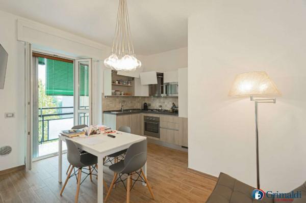 Appartamento in vendita a Milano, San Siro, Con giardino, 55 mq