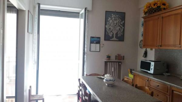 Appartamento in vendita a Genova, Adiacenze Corderia, 120 mq