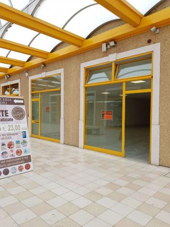 Negozio in affitto a Sant'Angelo Lodigiano, Commerciale, 200 mq - Foto 27
