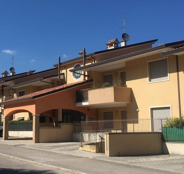 Appartamento in vendita a Corciano, San Mariano Di Corciano, Con giardino, 95 mq