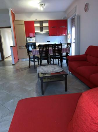 Appartamento in vendita a Caronno Pertusella, Pertusella, Arredato, 90 mq