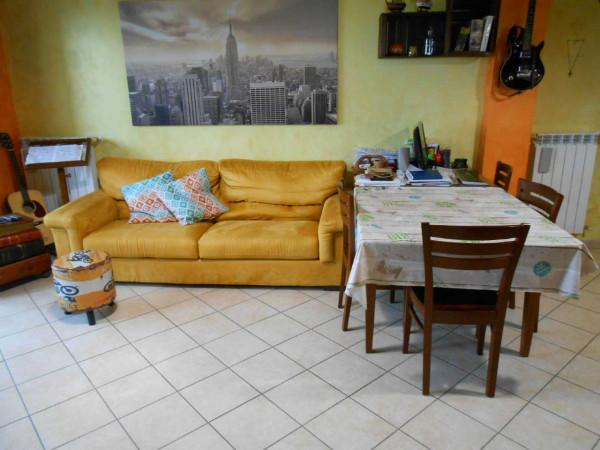 Appartamento in vendita a Crespiatica, Residenziale, Con giardino, 55 mq