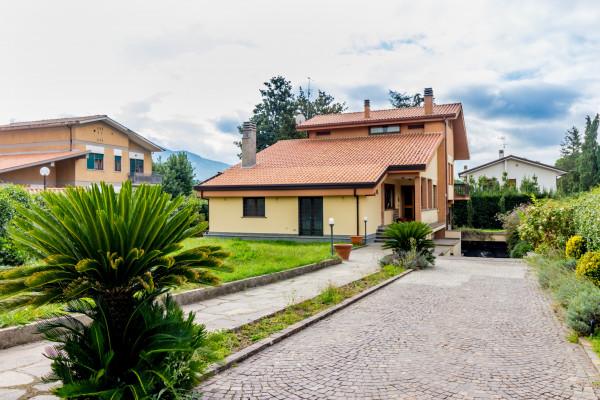 Villa in vendita a Grottaferrata, Con giardino, 330 mq