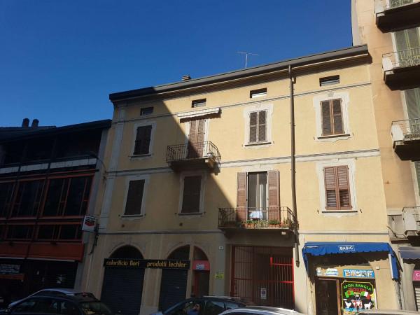 Appartamento in affitto a Varese, Centro Città Vicinanze Stazione, Arredato, 75 mq