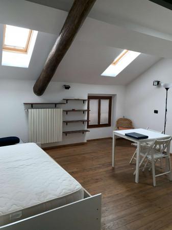 Appartamento in affitto a Caronno Pertusella, Centro, Arredato, 30 mq