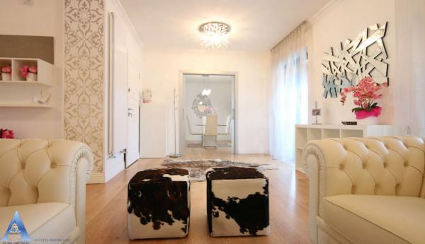 Appartamento in vendita a Taranto, Centrale, Arredato, 220 mq