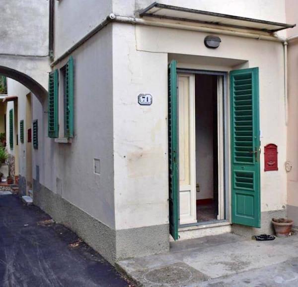 Casa indipendente in vendita a Sesto Fiorentino, Centrale, 70 mq