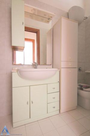 Appartamento in vendita a Taranto, Tre Carrare - Battisti, Arredato, 54 mq - Foto 5
