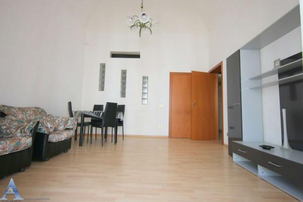 Appartamento in vendita a Taranto, Tre Carrare - Battisti, Arredato, 54 mq - Foto 9
